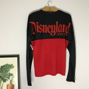 Disneyland black and red spirit jersey size Small